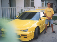 2003.08.dd A car and a T-shirt of my favorite color
