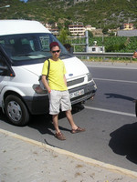2010.06.04 Waiting for a wheel replacement for the bus going to Alanya (Turkey)