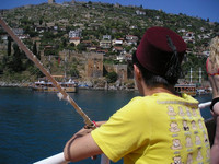 2010.06.04 Watching the fortress and the coastline of Alanya (Turkey).