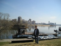 2017.04.29 In Kazan (Tatarstan, Russia) at the pier of the Kazanka river and with the latter in the background
