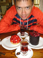 2017.10.02 The last dessert supper in Istanbul (Turkey) – they are good in sweets! :-)