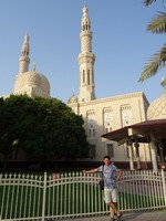 2018.06.07 Jumeirah Mosque in Dubai was more hospitable for me – I visited it inside.