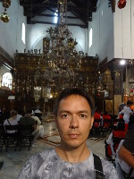 2018.09.08 In front of the altar in the Basilica of the Nativity – the church built above the birthplace of Jesus Christ in Bethlehem