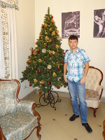 "2018.12.29 Standing with the ""Voznesenskaya Sloboda"" New 2019 Year tree before the company's celebration"