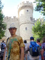 2019.06.01 Me, the Great :-), and the Palace of the Grand Master in Rhodes.
