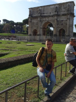 2019.10.03 With the Arch of Constantine in Rome (near the Colosseum) in the background.