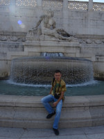 "2019.10.03 With the ""Tyrrhenian Sea"" fountain (at the right part of the Vittoriano) in a usual pose."