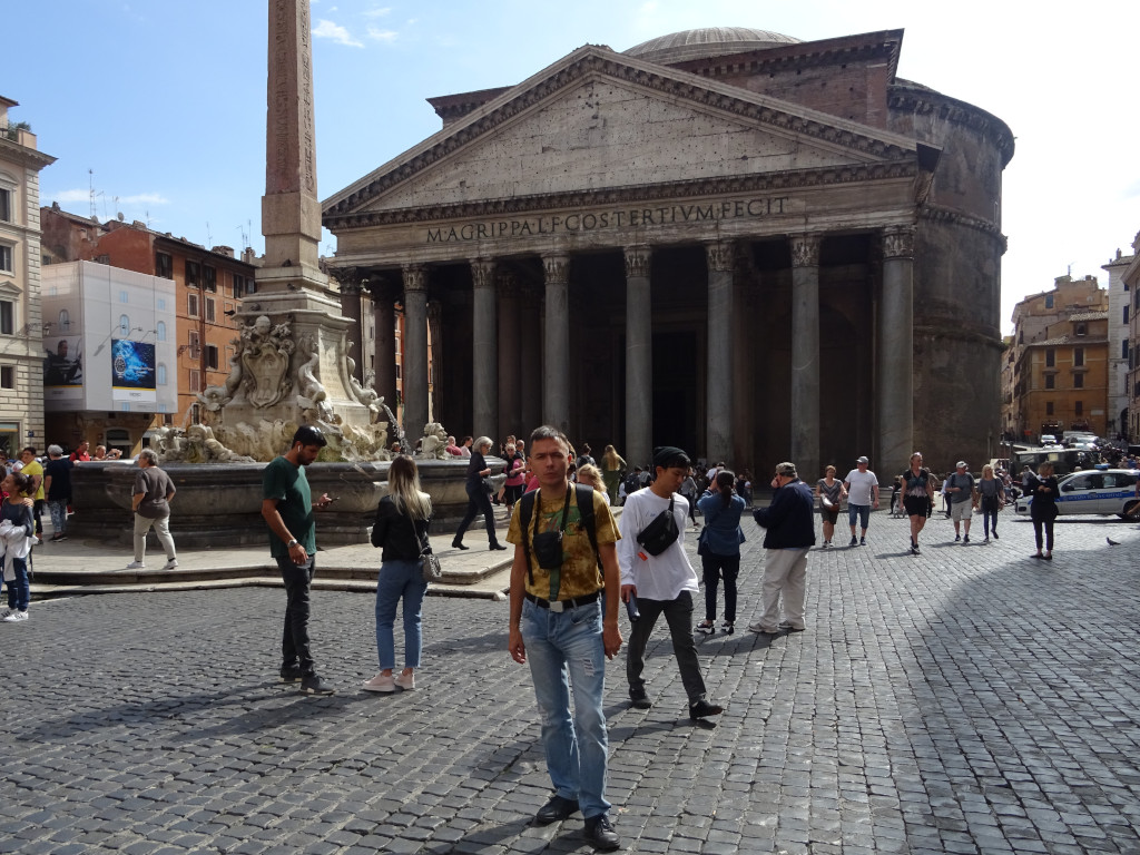 2019.10.03 At Rotonda Square (Piazza della Rotonda) with a fountain of the Renaissance (1575), the ancient Egyptian Macuteo Obelisk (Obelisco Macuteo) from the times of Ramses II (1279 – 1213 BC) and the ancient Roman Pantheon of the Emperor Hadrian's edition (113 –