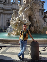 2019.10.03 At the Fountain of 4 Rivers (Fontana dei Quattro Fiumi) on Navona Square (Piazza Navona) in full length.