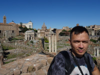 2019.10.04 With a view to the Roman Forum (Forum Romanum) from the height of the remains of the giant library of the Temple of Augustus (Bibliotheca Templi Augusti) or of the Palace of Tiberius (Bibliotheca Domus Tiberianae) on the Palatine Hill.