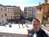 2019.10.04 A straight view to the Spanish Steps (Scalinata di Trinità dei Monti) and the Square of Spain (Piazza di Spagna) from the 1st level of balconies.
