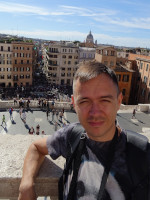 2019.10.04 A straight view to the Spanish Steps (Scalinata di Trinità dei Monti) and the Square of Spain (Piazza di Spagna) from the 2nd level of balconies.